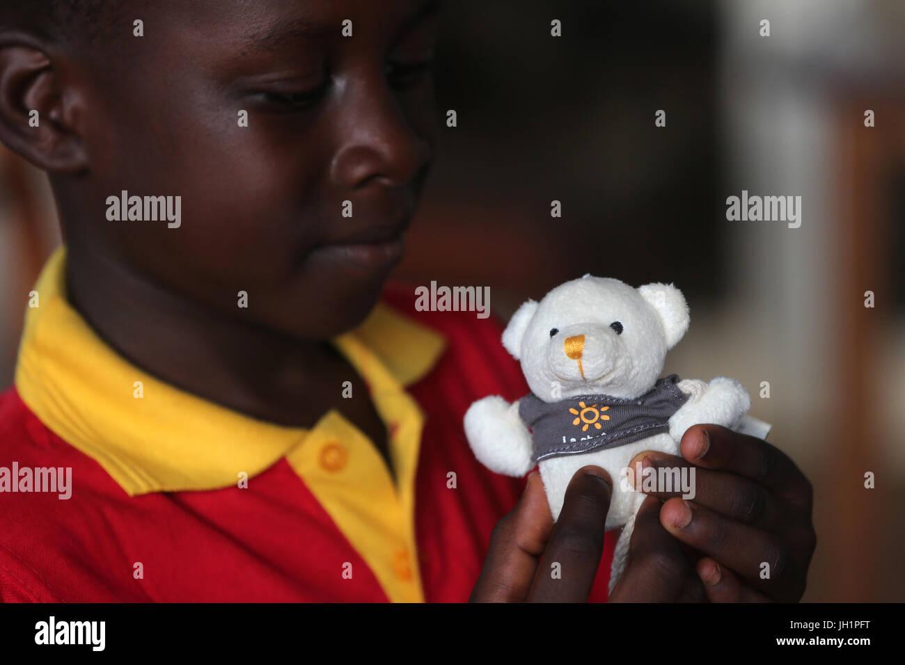 French NGO : La Chaine de l'Espoir. Humanitarian Medicine.  Togo. - Stock Image