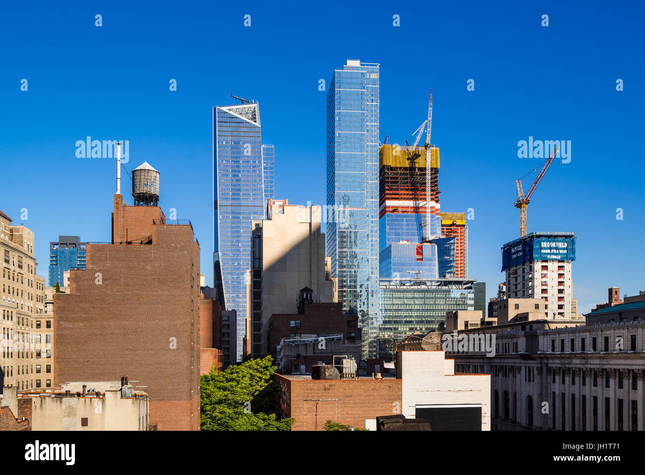 The Hudson Yards construction site (2017) and The Eugene skyscrapers. Midtown, Manhattan, New York City Stock Photo