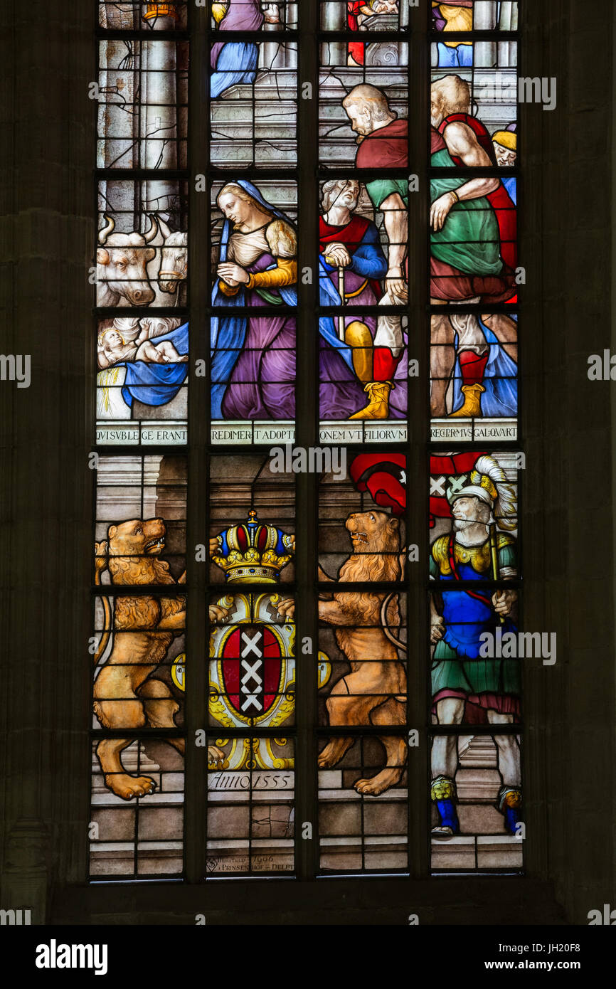 OLD CHURCH OR DE OUDE KERK, AMSTERDAM, THE NETHERLANDS - JULI 7, 2017: Detail of stained glass windows. - Stock Image