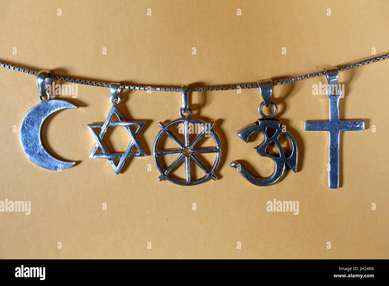Symbols of islam, judaism, buddhism, hinduism and christianity. - Stock Image