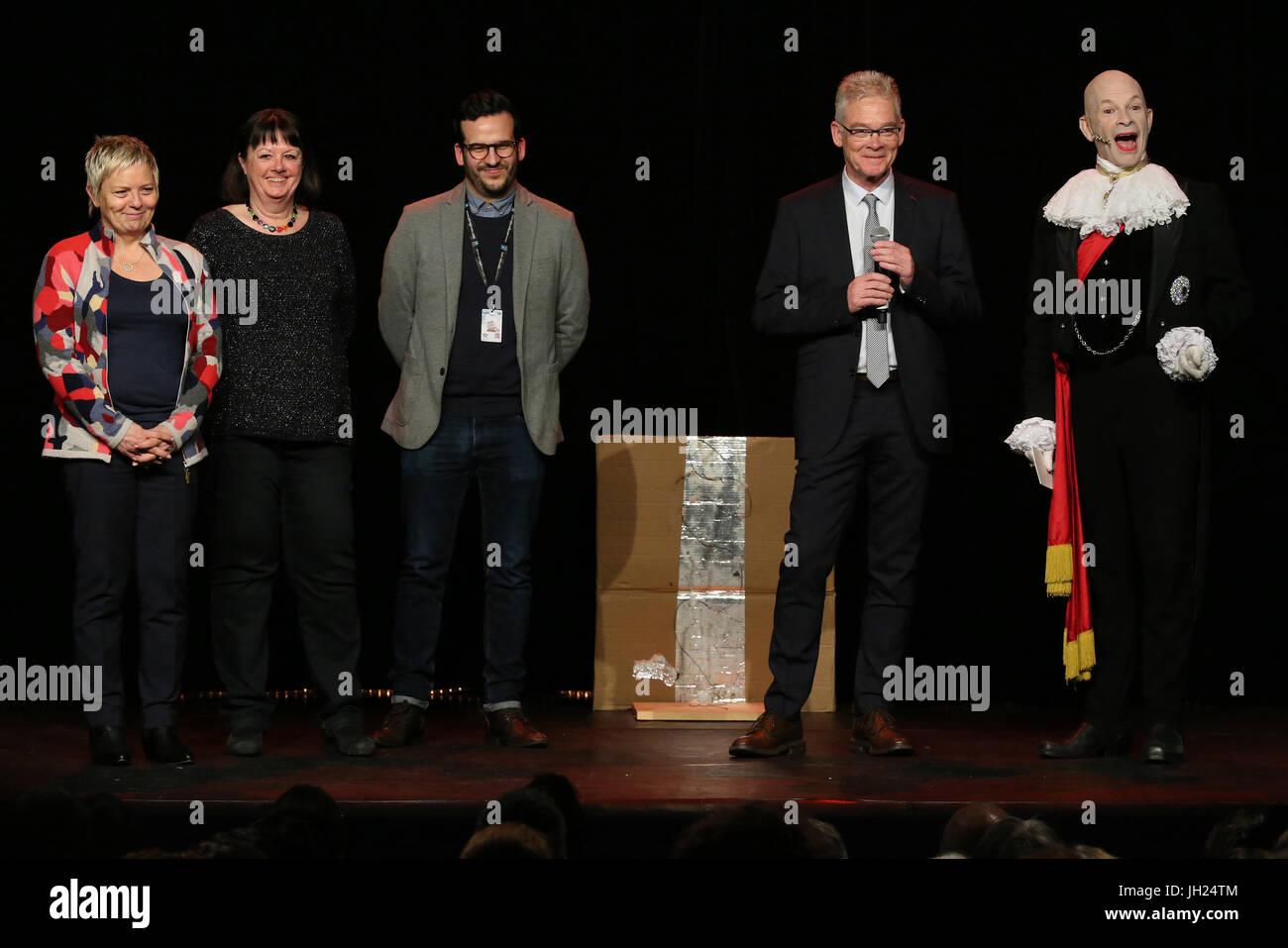 Catherine Salvador Costa, Catherine Verjus, Nicolas Hustark, responsable communication au thŽ‰tre 'Le Point - Stock Image