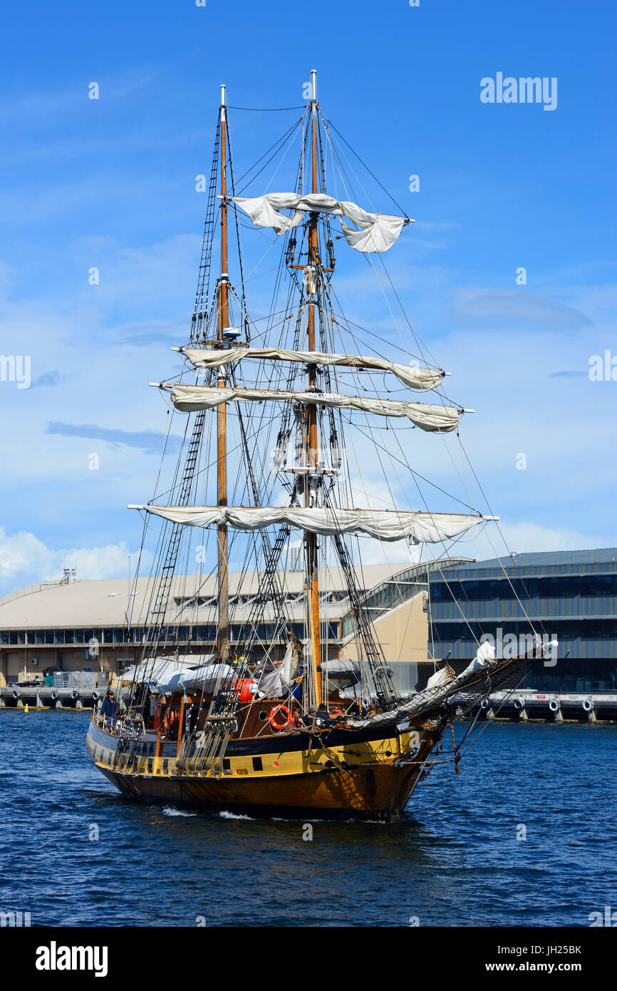 Two-masted square rigged tall ship 'Windeward Bound' approaching Hobart harbour in Tasmania, Australia - Stock Image