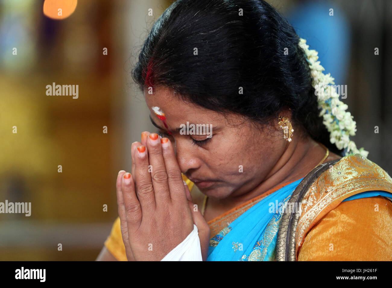 singapore indian women