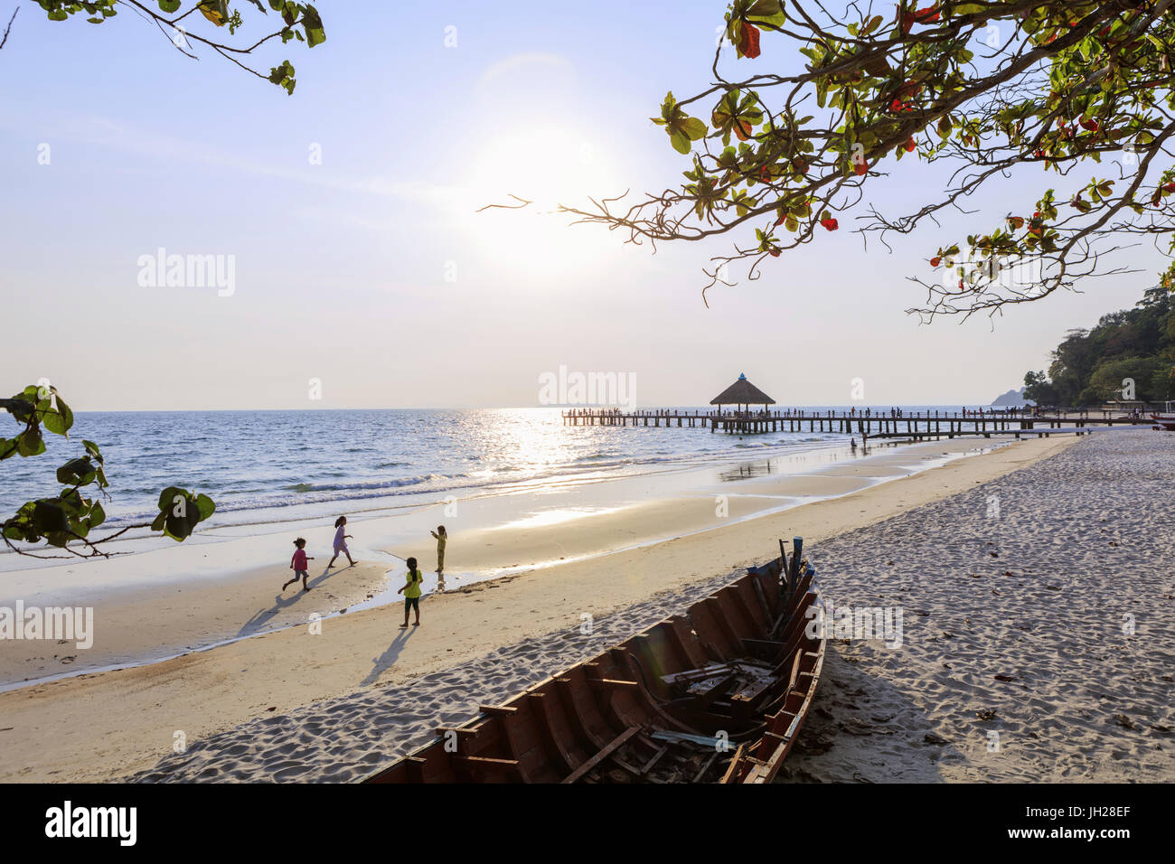 City beach and pier, Sihanoukville, Cambodia, Indochina, Southeast Asia, Asia - Stock Image