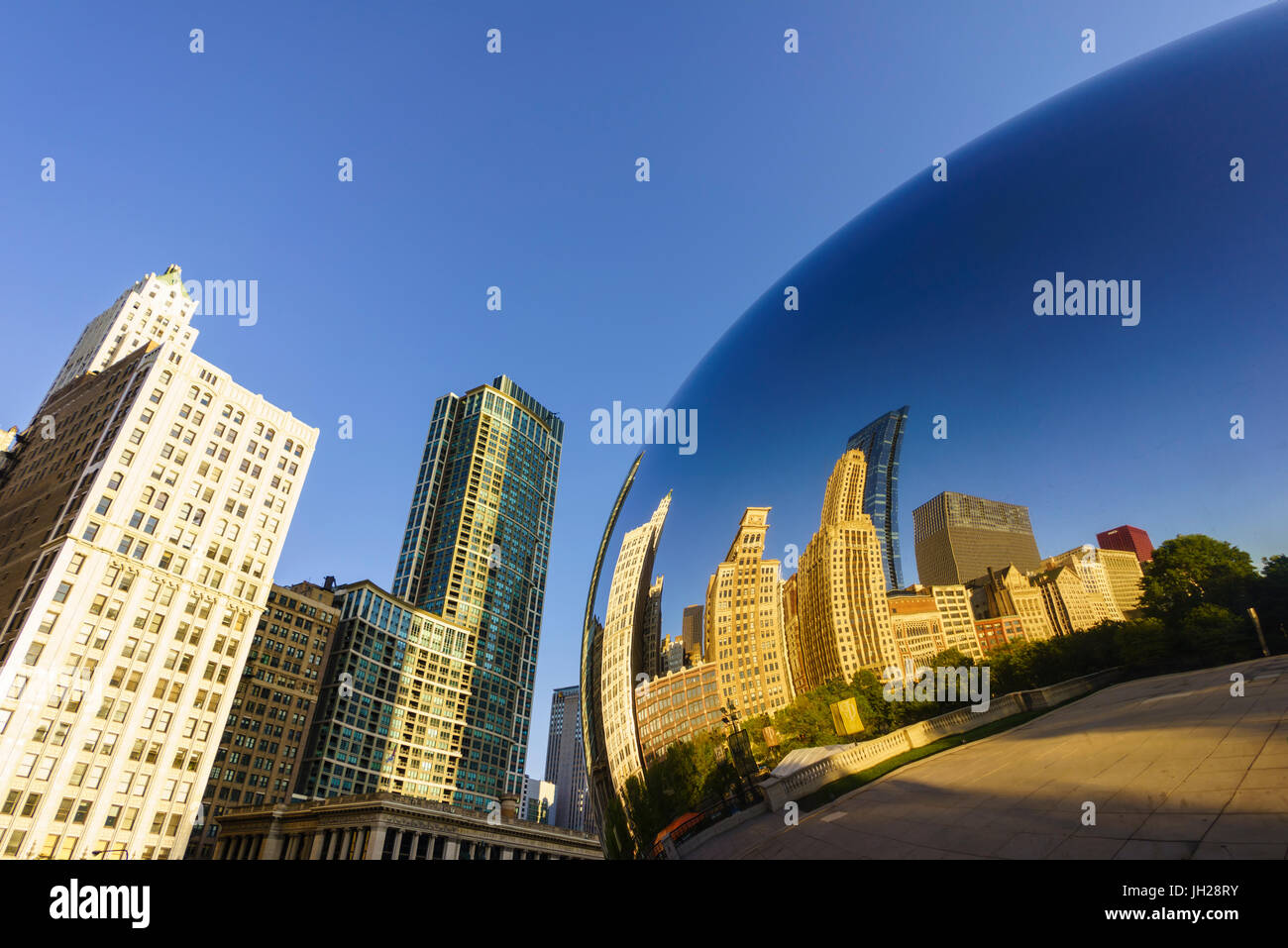 Millennium Park and the Cloud Gate sculpture, Chicago, Illinois, United States of America, North America - Stock Image