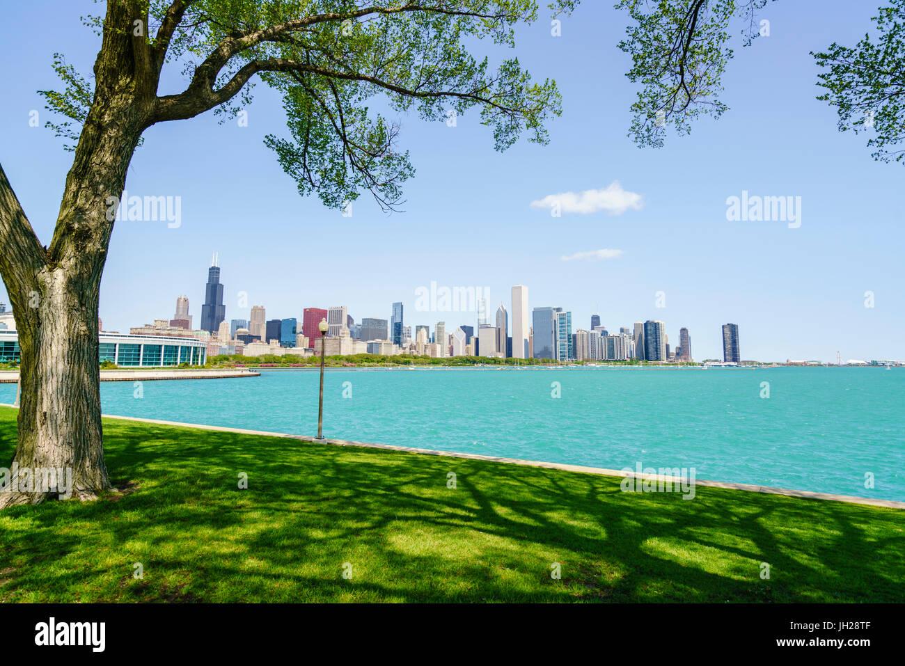 Lake Michigan and city skyline, Chicago, Illinois, United States of America, North America - Stock Image