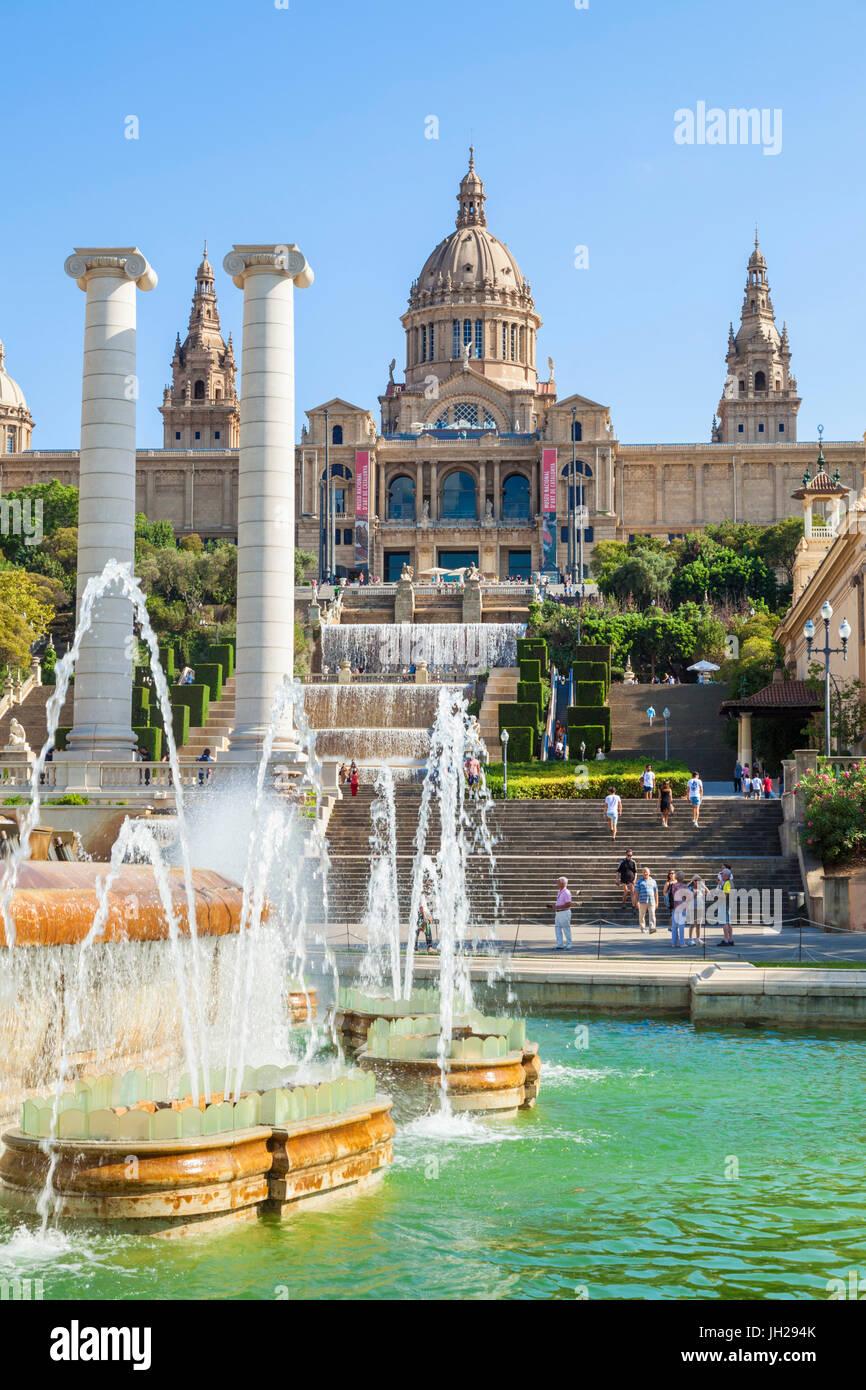The Magic Fountain of Montjuic below the Palau Nacional, MNAC, National Art Gallery, Barcelona, Catalonia (Catalunya), - Stock Image