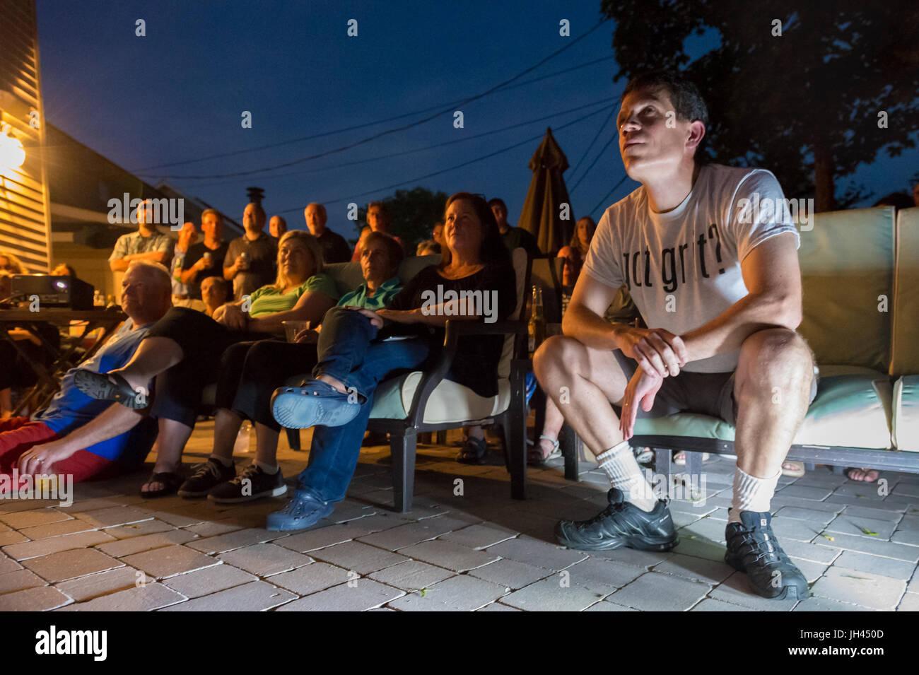 "Merrick, New York, USA. 11th June 2017.  ""American Grit"" TV contestant CHRIS EDOM (wearing white  GOT GRIT? T-shirt), Stock Photo"
