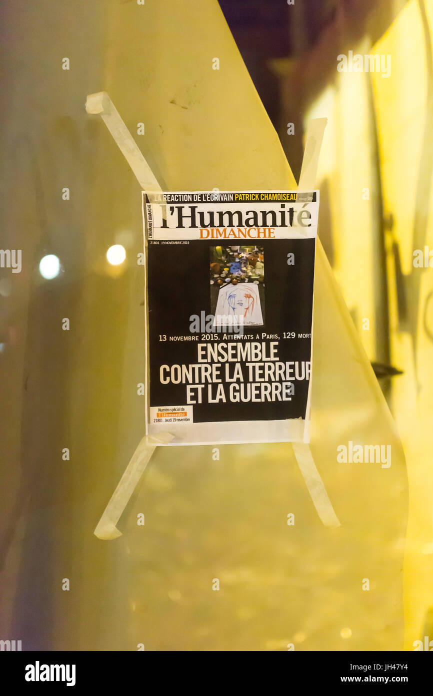 The newspaper l'humanité: altogether against fear and war. Homage at the victims of the terrorist attacks - Stock Image