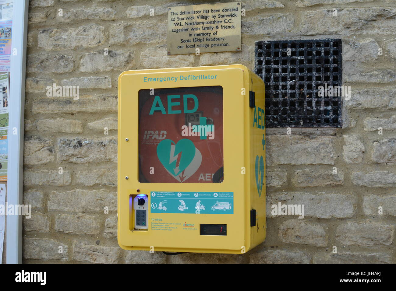 defibrillator - Stock Image