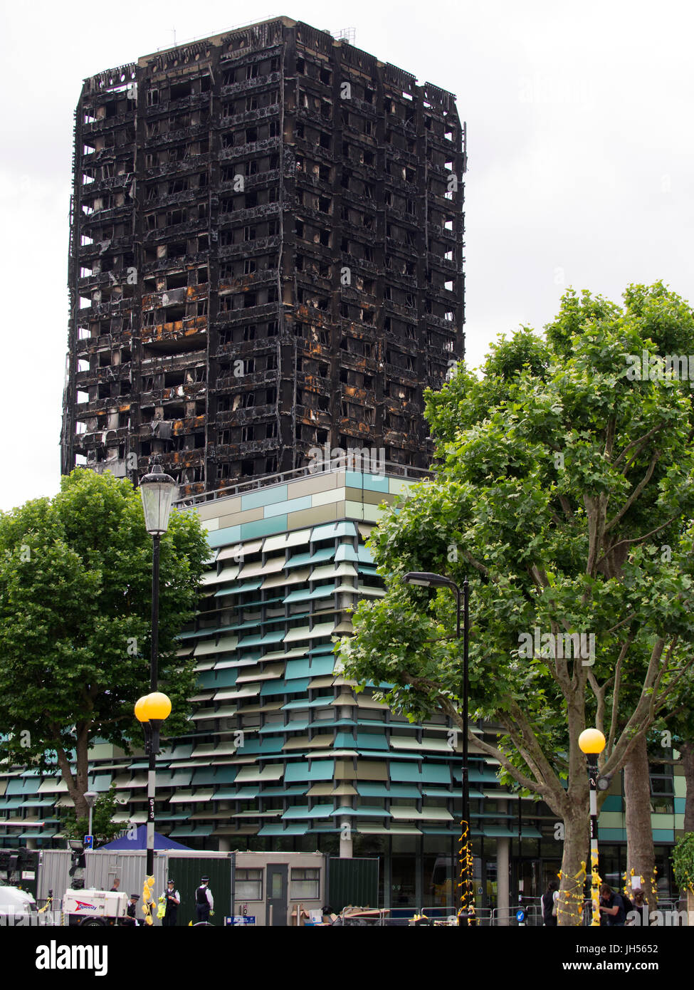 London, UK - Jul 4, 2017: The Grenfell Tower block in Kensington, West London in which at least 80 people are thought - Stock Image