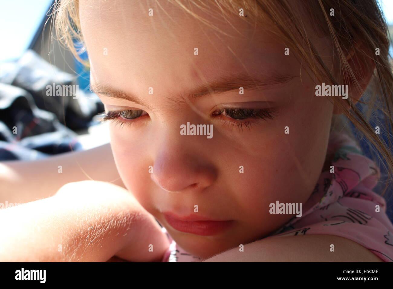 girl crying, little girl crying, upset little girl, sad little girl, sad child, crying child, upset child, sad kid, - Stock Image