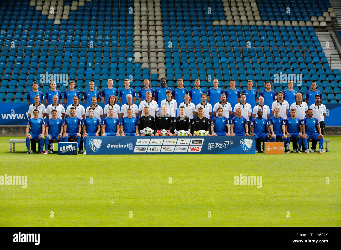 football, 2. Bundesliga, 2017/2018, VfL Bochum, team shot, row1 f.l. Diamantakos, Rieble, Baack, Wurtz, Bandowski, - Stock Image