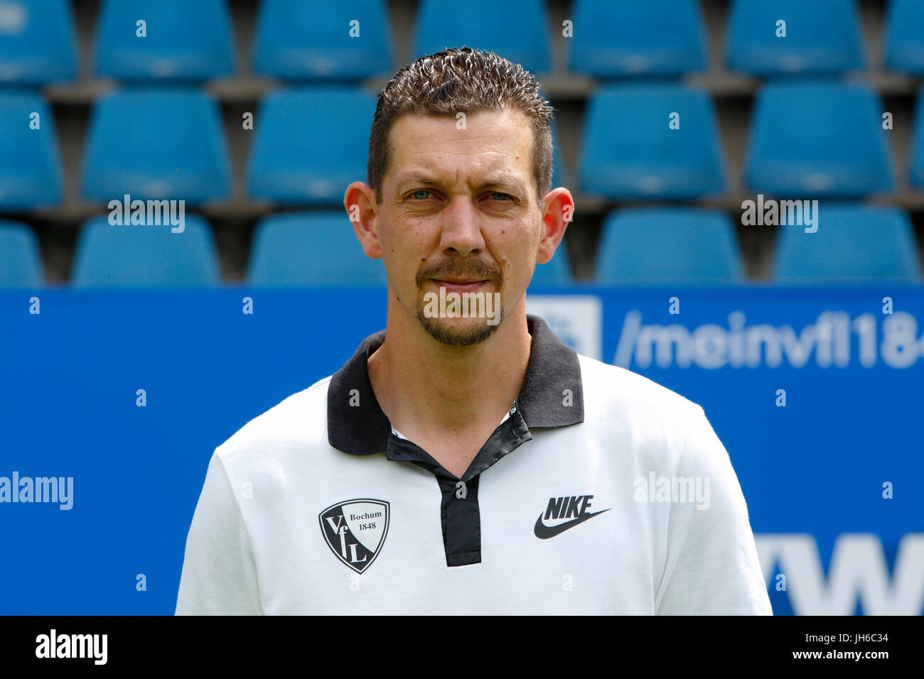 football, 2. Bundesliga, 2017/2018, VfL Bochum, team presentation for the game season, kitman Markus Kloefkorn - Stock Image
