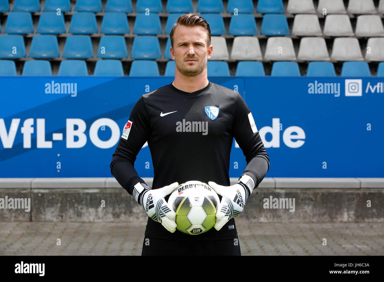football, 2. Bundesliga, 2017/2018, VfL Bochum, team presentation for the game season, keeper Manuel Riemann - Stock Image