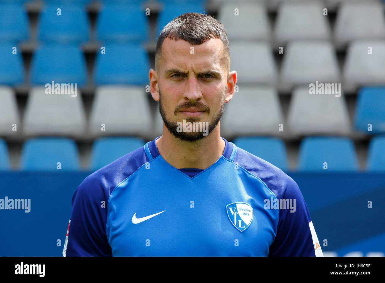 football, 2. Bundesliga, 2017/2018, VfL Bochum, team presentation for the game season, Patrick Fabian - Stock Image