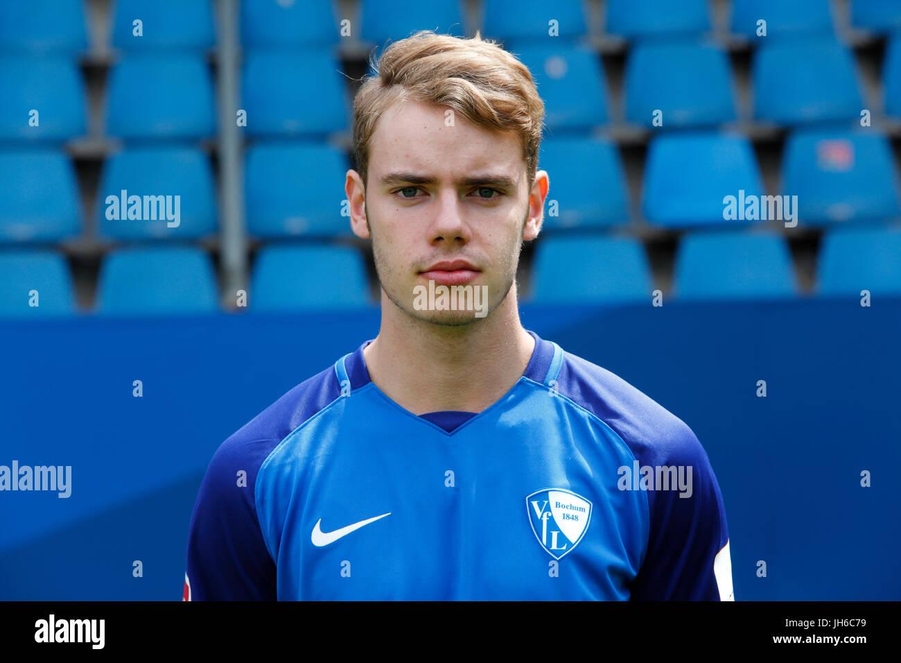 football, 2. Bundesliga, 2017/2018, VfL Bochum, team presentation for the game season, Julian Tomas - Stock Image