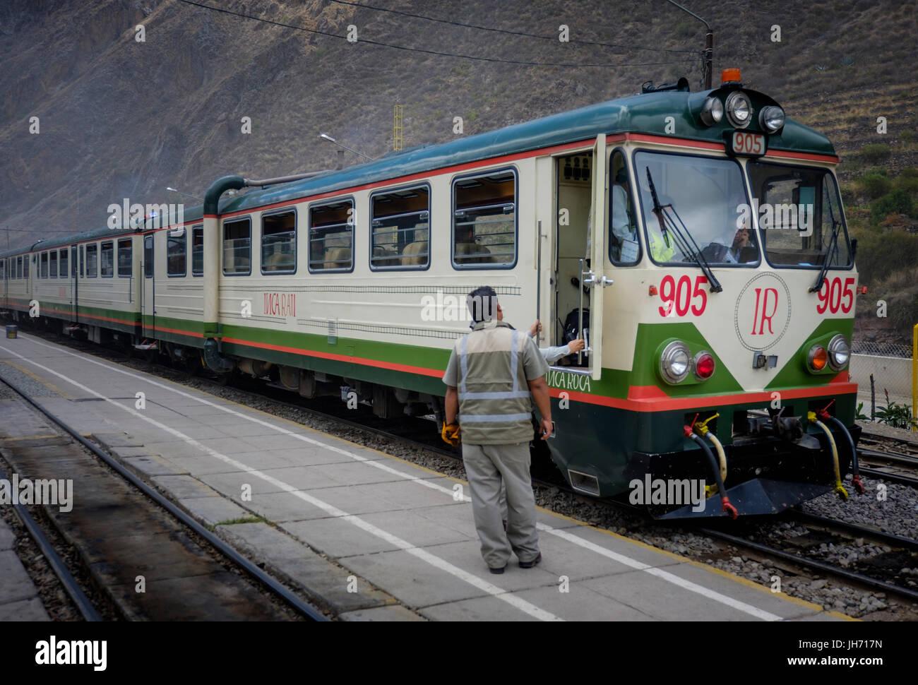 OLLANTAYTAMBO, PERU - CIRCA OCTOBER 2015:  Train of the Inca Rail at the Ollantaytambo station in sacred Valley - Stock Image