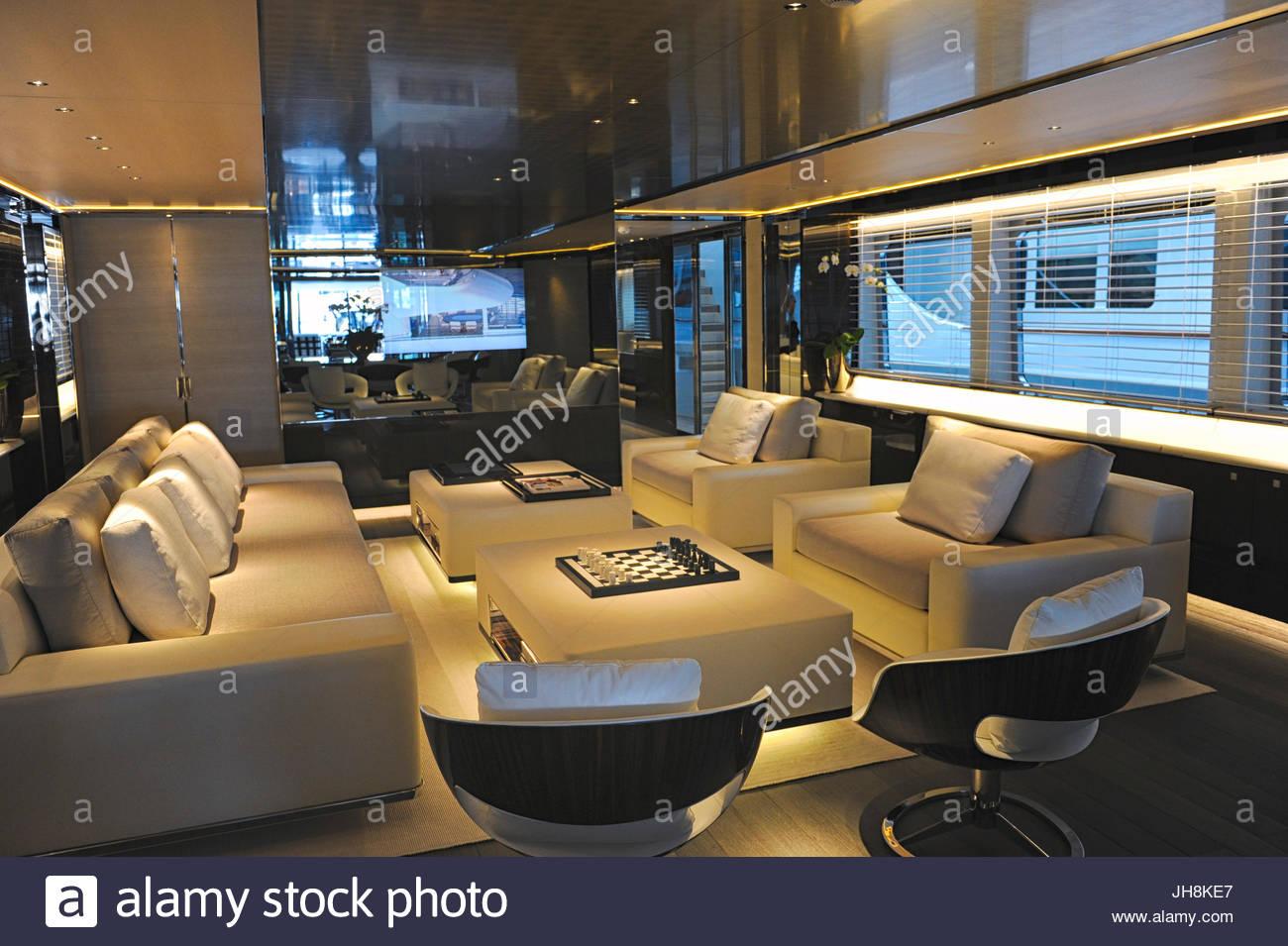 Living Room 164ft Satori