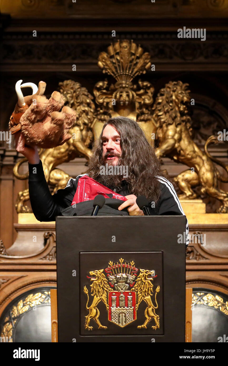Artist Jonathan Meese speaking at a senate reception for the 250th anniversary of the Hochschule fuer bildende Kuenste - Stock Image