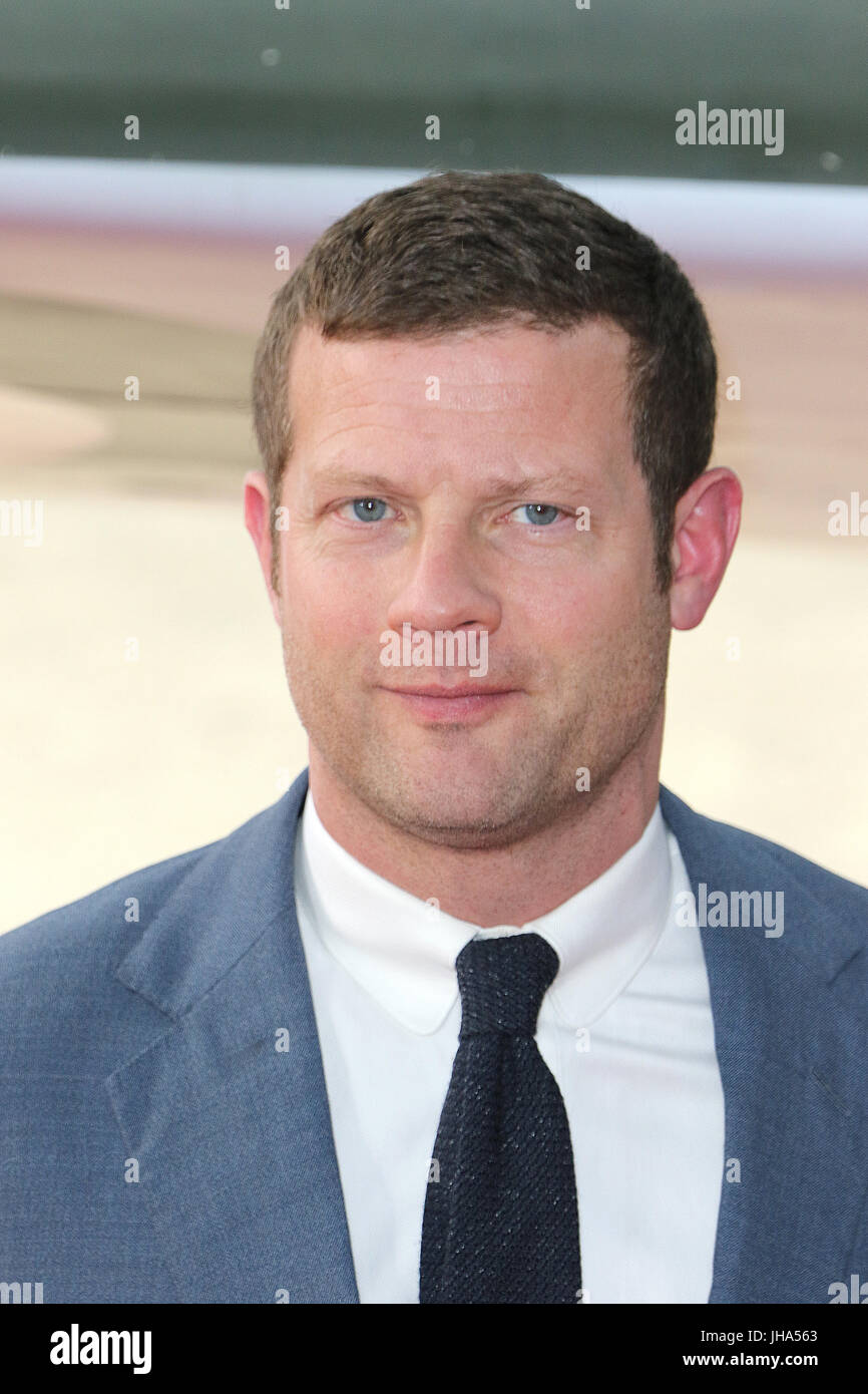 London, UK. 13th July, 2017. Dermot O'Leary, Dunkirk - World film premiere, Leicester Square Gardens, London - Stock Image