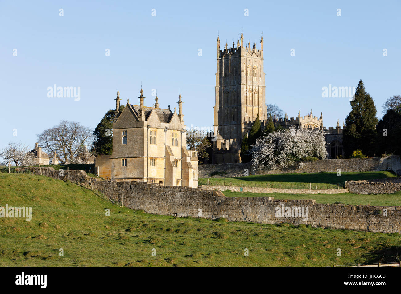St James' Church and East Banqueting House of old Campden House, Chipping Campden, Cotswolds, Gloucestershire, - Stock Image