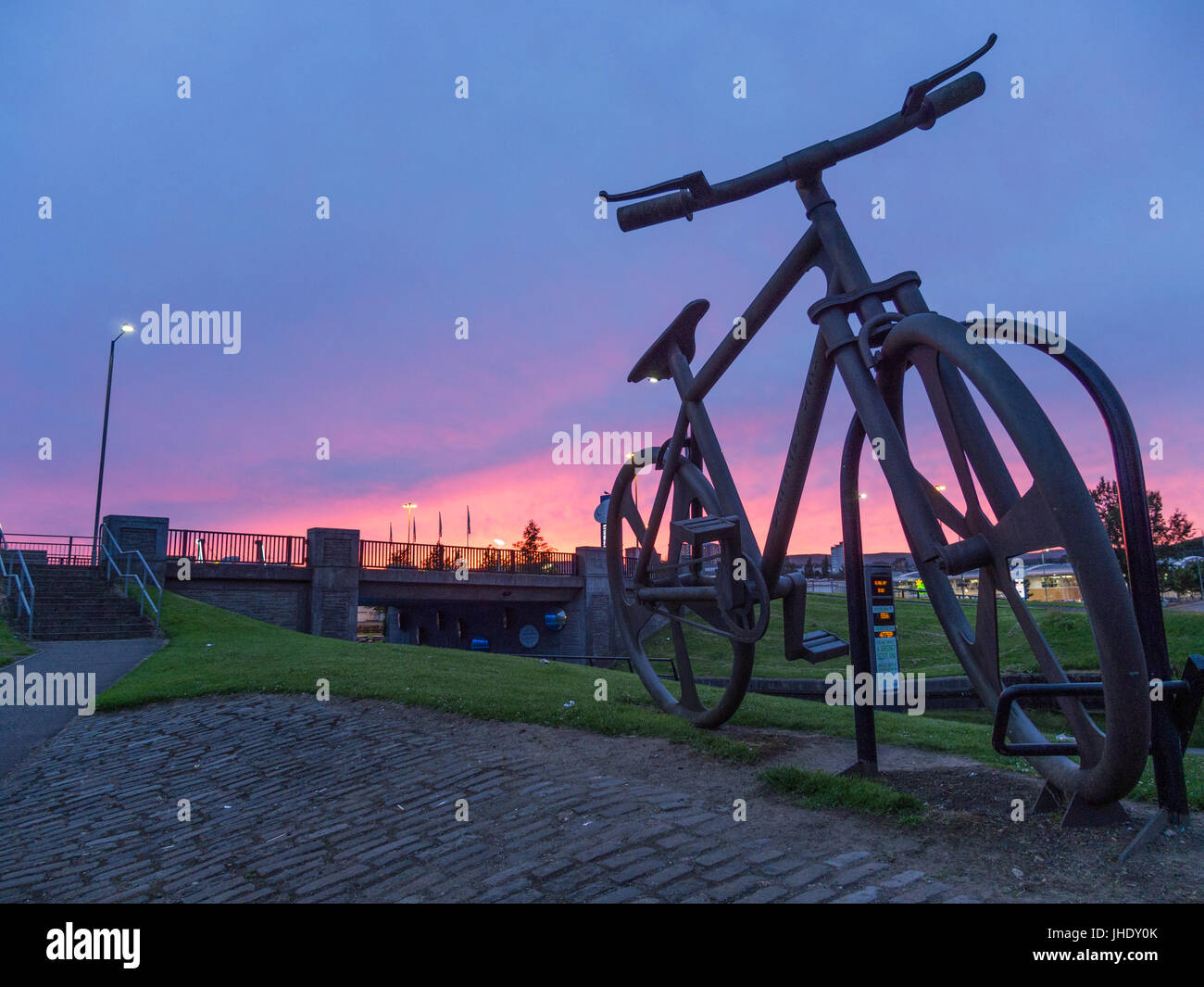 Bankies Bike statue - Clydebank - Stock Image