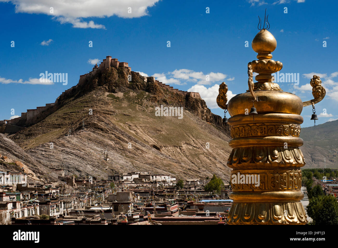 Views of the Dzong Fortress from the Pelkhor Chode Monastery, Gyantse, Tibet, China, Asia. Stock Photo
