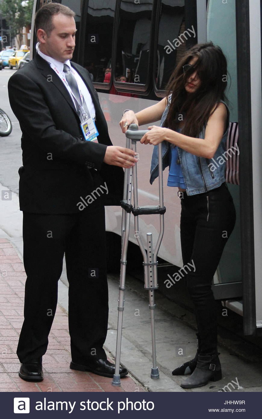 Marie Avgeropoulos. Ac...