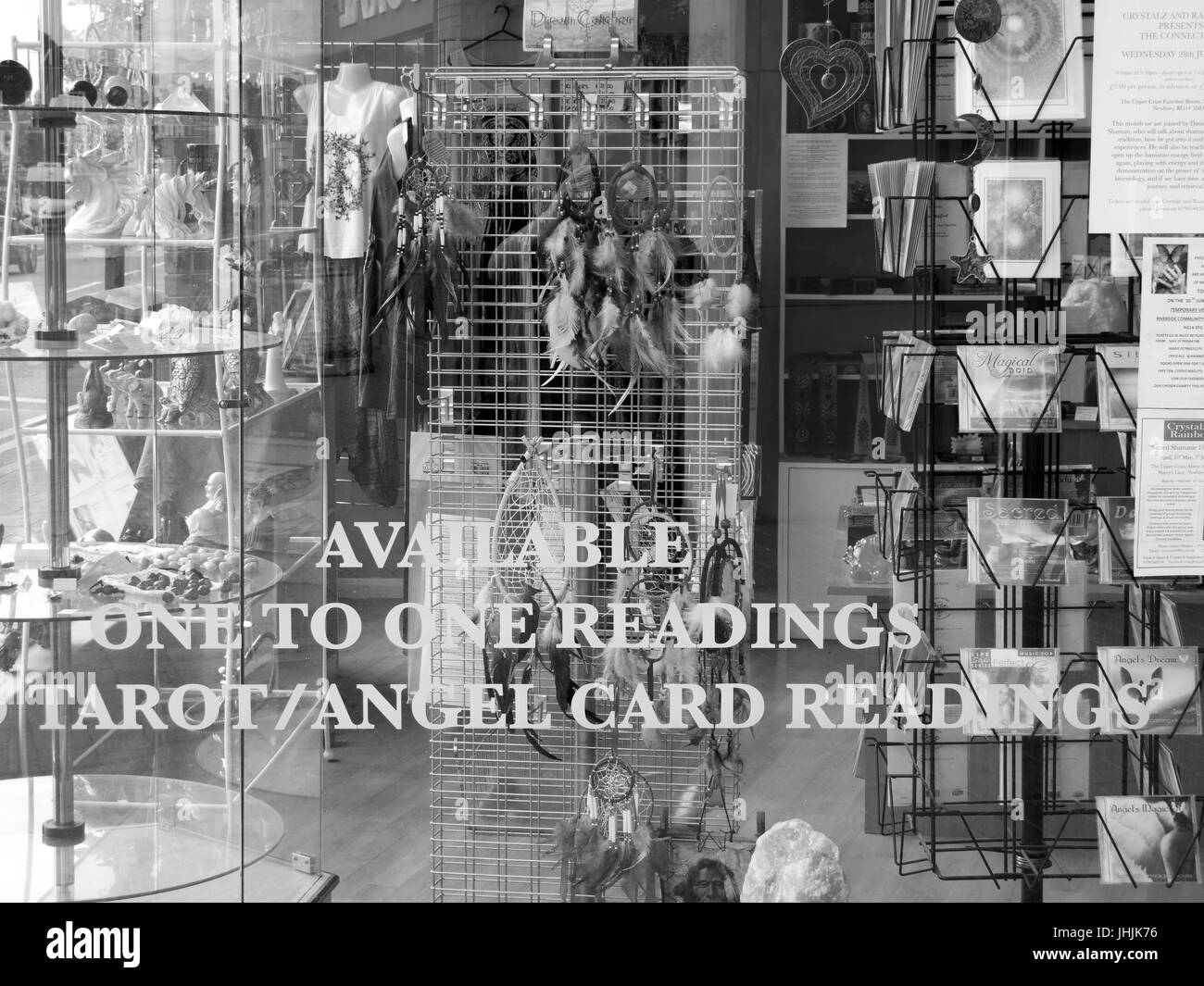 Available one to one readings, Tarot and Angel card readings sign in shop window, used to predict the future Stock Photo