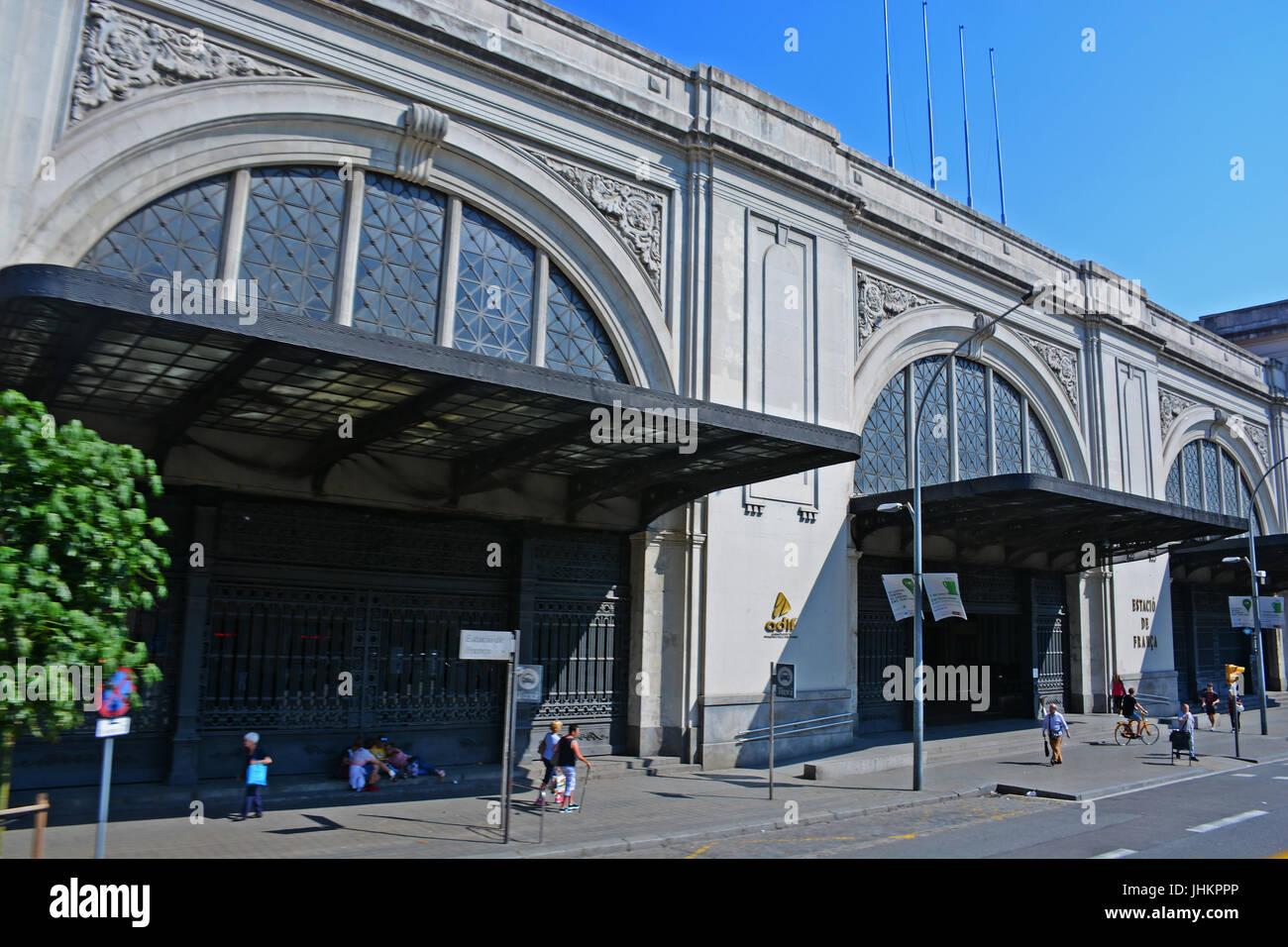 Estacio de Francia, Avinguda Marquès de l'Argentera, Barcelona, Catalonia, Spain - Stock Image