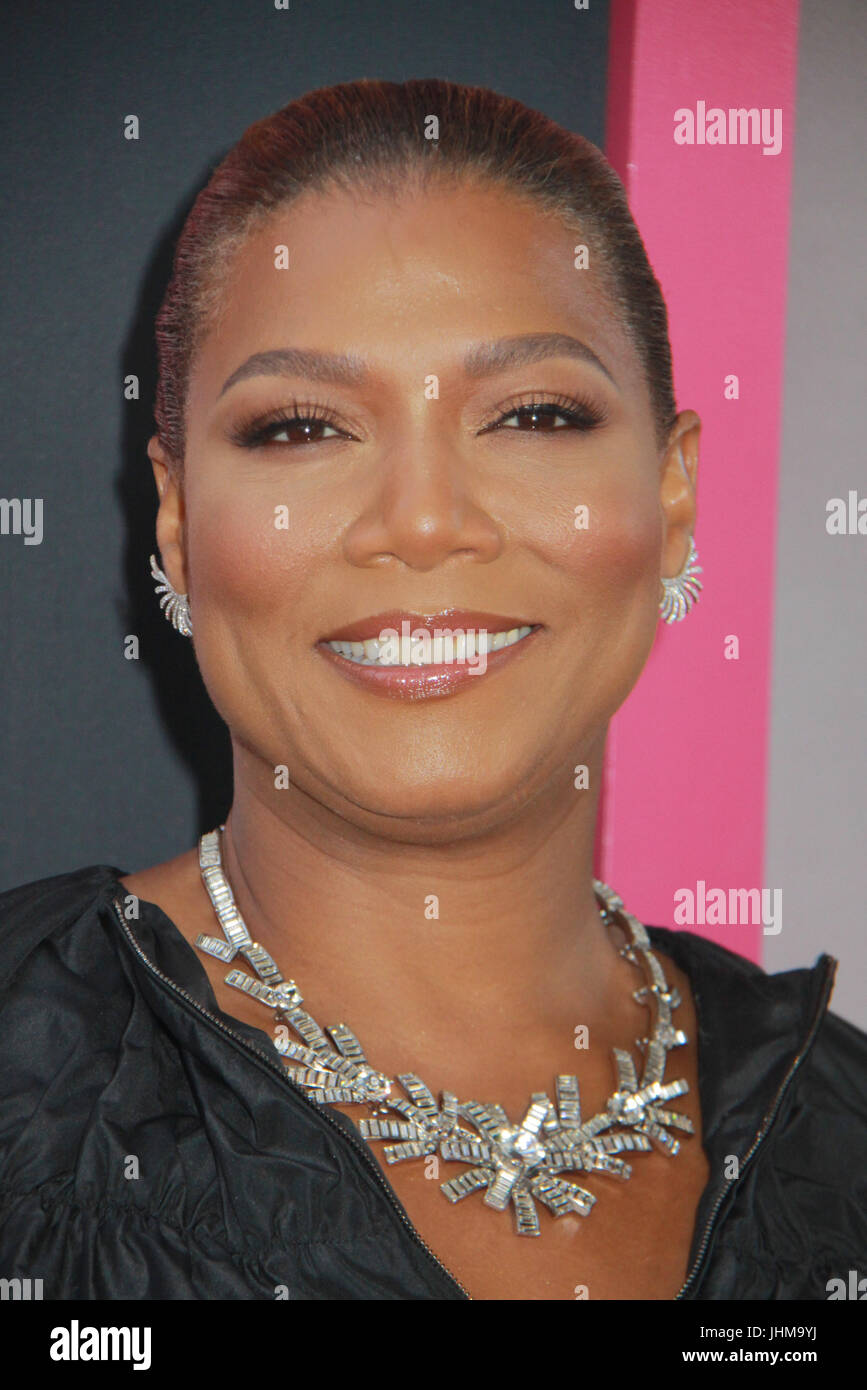 """Los Angeles, California, USA . 13th July, 2017. Queen Latifah  07/13/2017 The World Premiere of """"Girls Trip"""" held at The Regal L.A. Live: A Barco Innovation Center in Los Angeles, CA   Photo: Cronos/Hollywood News Credit: Cronos/Alamy Live News Stock Photo"""