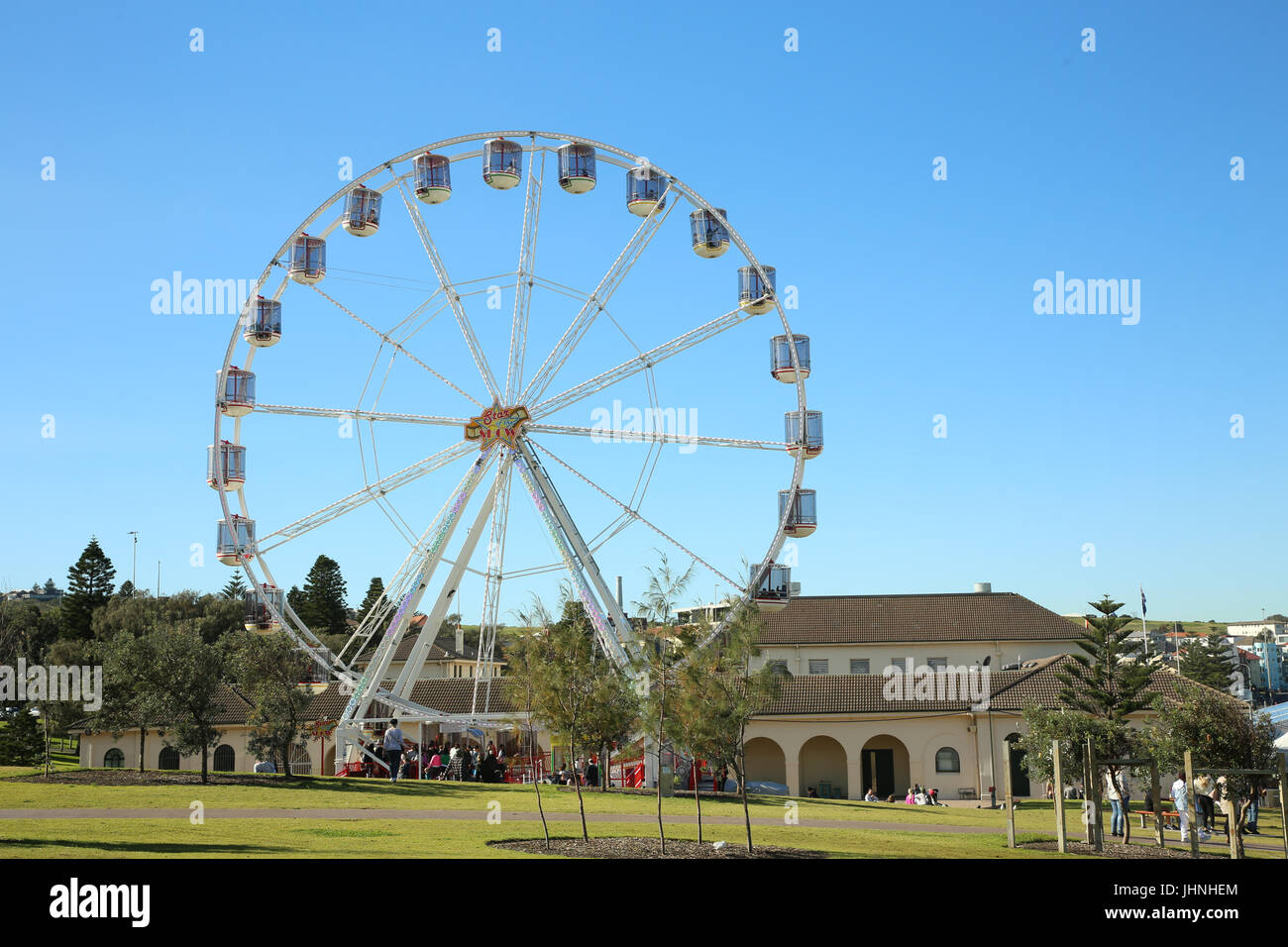 The Bondi Eye 32m high ferris wheel at Bondi Beach for teh Bondi Winter Magic festival, Sydney, Australia. - Stock Image