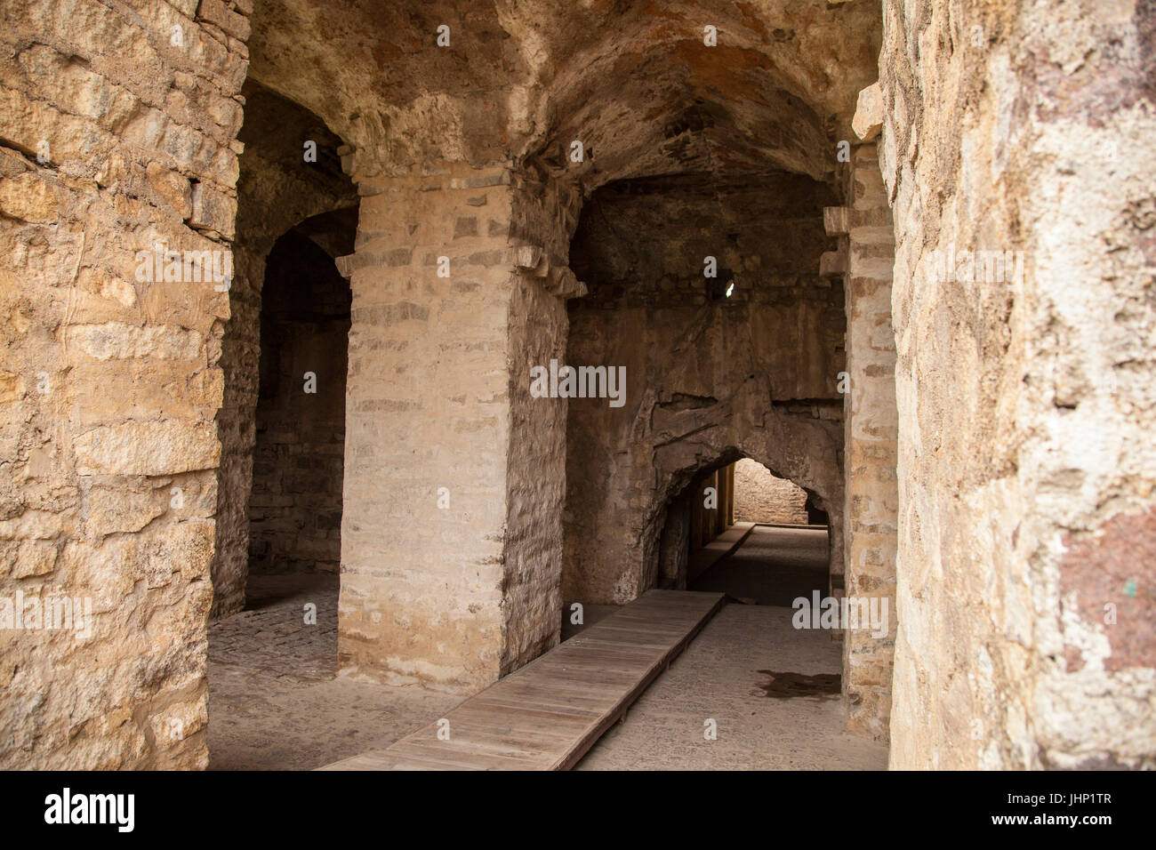 Inside the marvellous arched corridors and passages of the Golconda Fort in Hyderabad, India - Stock Image