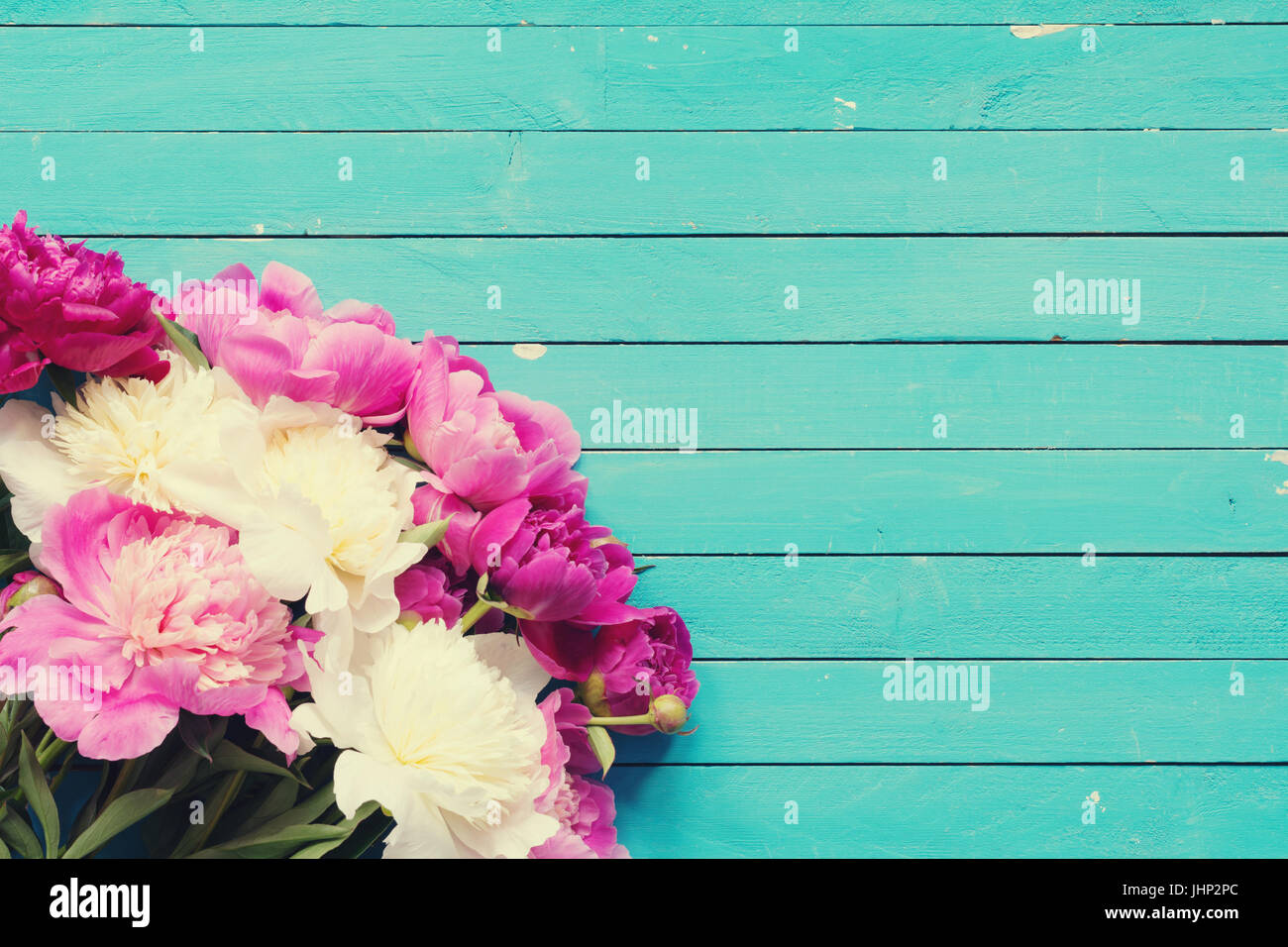 7ccacf0a8acb Floral frame   background with beautiful pink