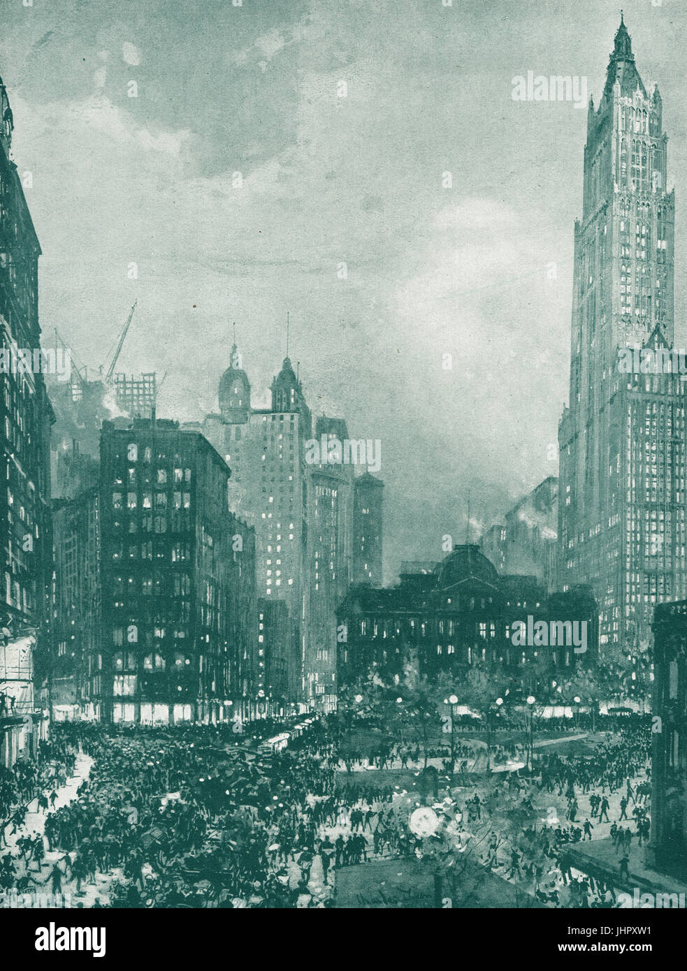 New Yorkers watching News Bulletins 1914 - Stock Image