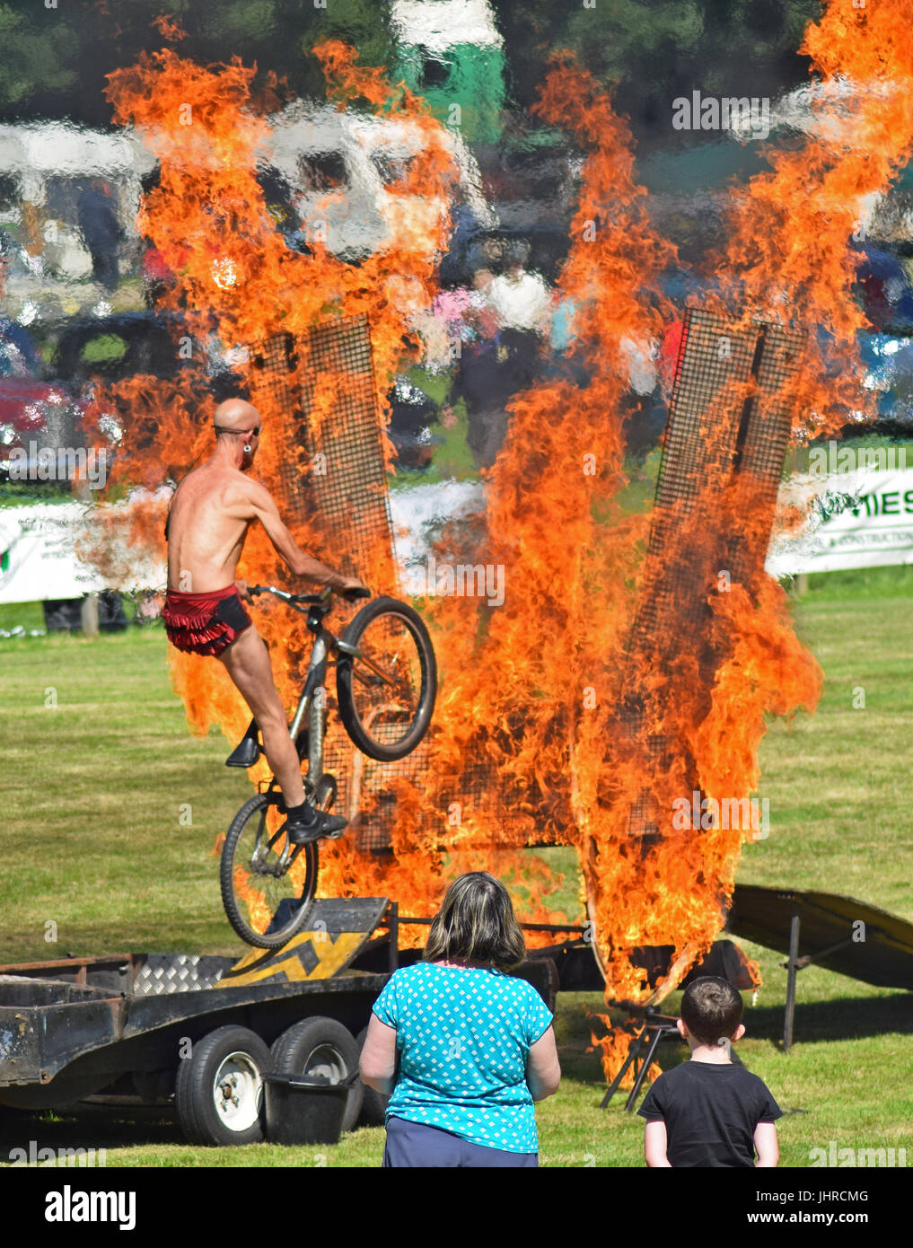 Joseph Peace Fire Show Spectacular at Glamis Motor Extravaganza 2017, Glamis Castle, Angus, Scotland Stock Photo