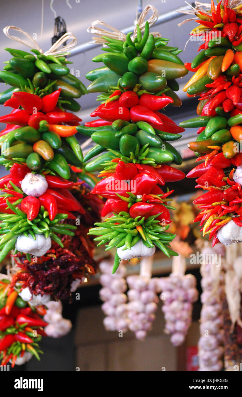 colorful chile and garlic Rista's Hang in the Pike Place Market, Seattle, Washington, USA - Stock Image