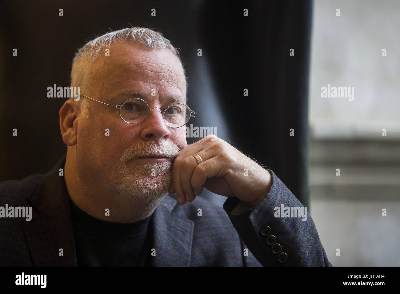US writter Michael Connelly posee for the photographer during an interview with Spanish News Agency EFE held in - Stock Image
