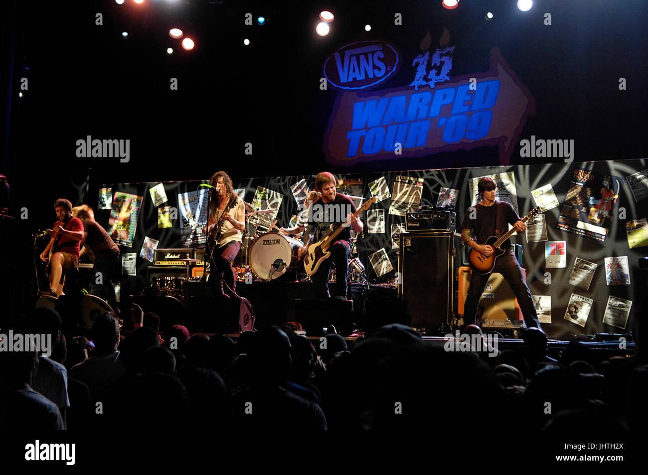 359f8ce66b10d8 Underoath perform Vans Warped Tour 15th Anniversary Celebration Club Nokia  September 6