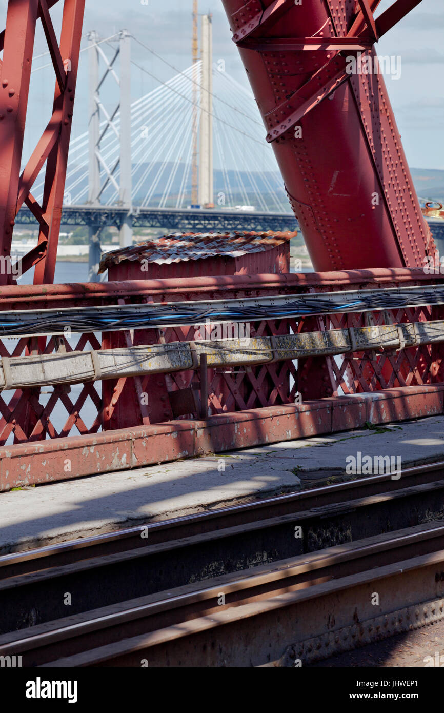 03/06/2016 South Queensferry, The Forth Bridge view from the south pier Scotlands smallest listed building, a workers - Stock Image