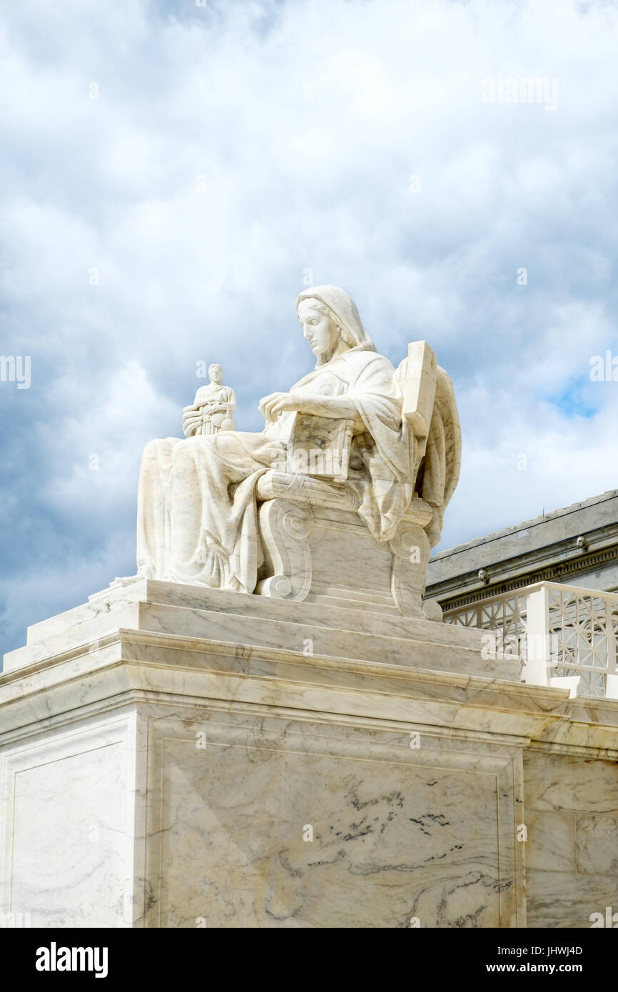 The Contemplation of Justice Sculpture, Supreme Court, Capitol Hill, Washington DC - Stock Image