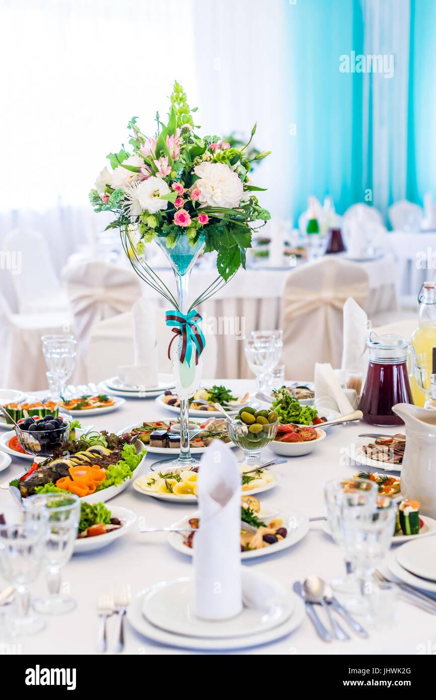 The elegant dinner table - Stock Image