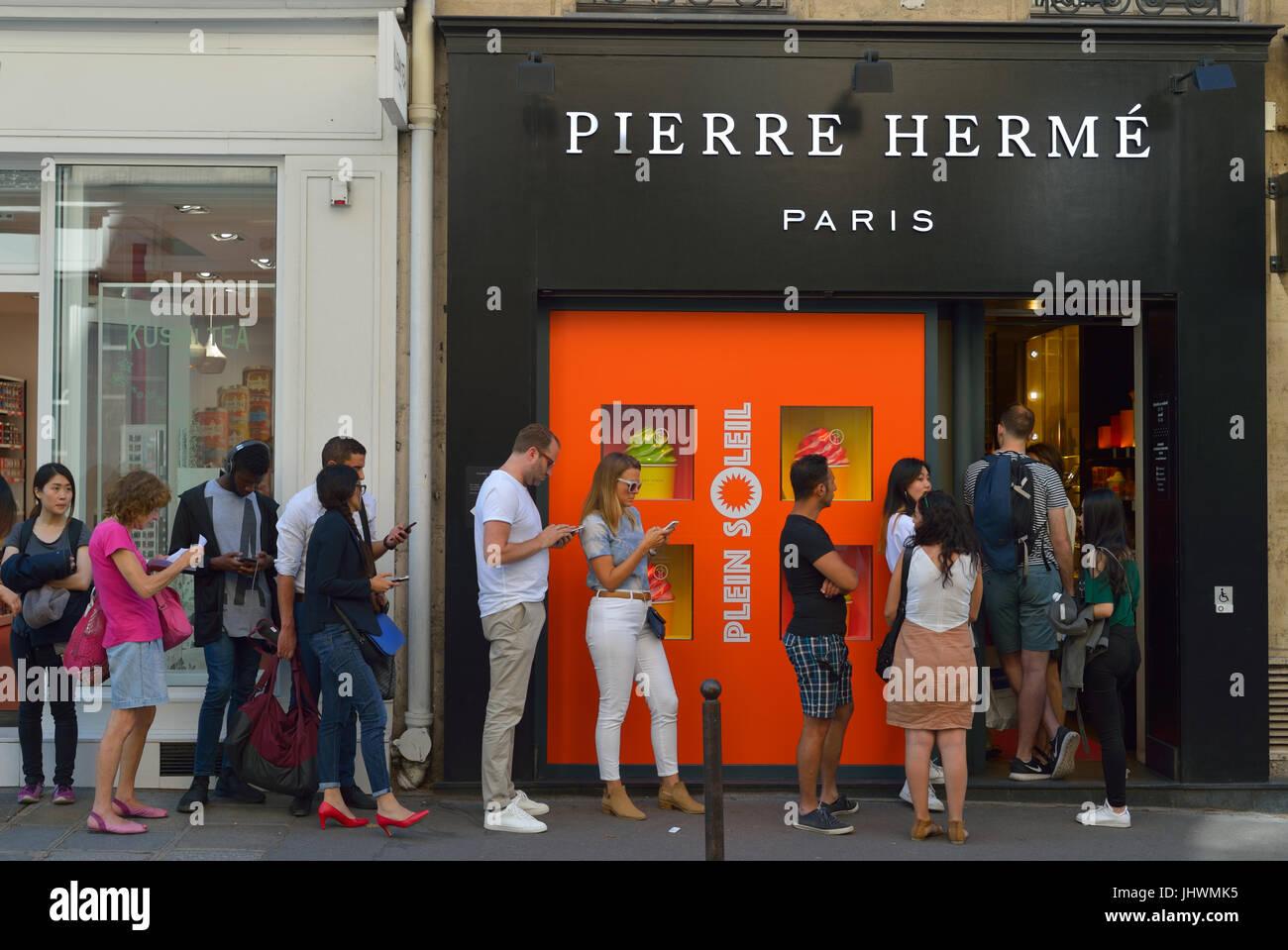 Pierre Herme store, Paris FR - Stock Image