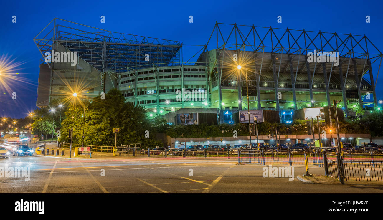 St James Park Football Ground, Gallowgate view night-scape - Stock Image
