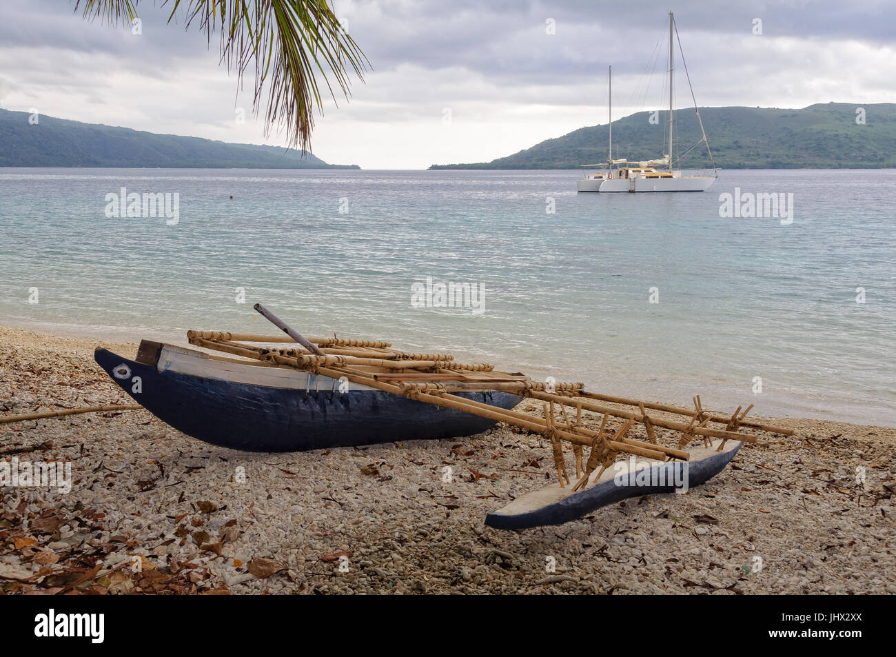 A typical outrigger canoe on Efate Island, Vanuatu - Stock Image