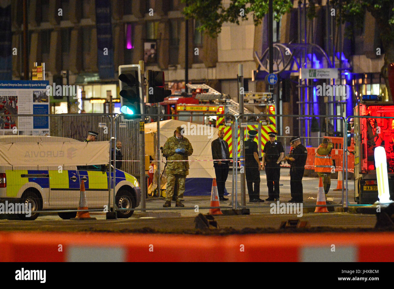 Bristol, UK. 16th July, 2017. Breaking in the last 20mins army bomb squad arrive at the scene of an incident on Stock Photo