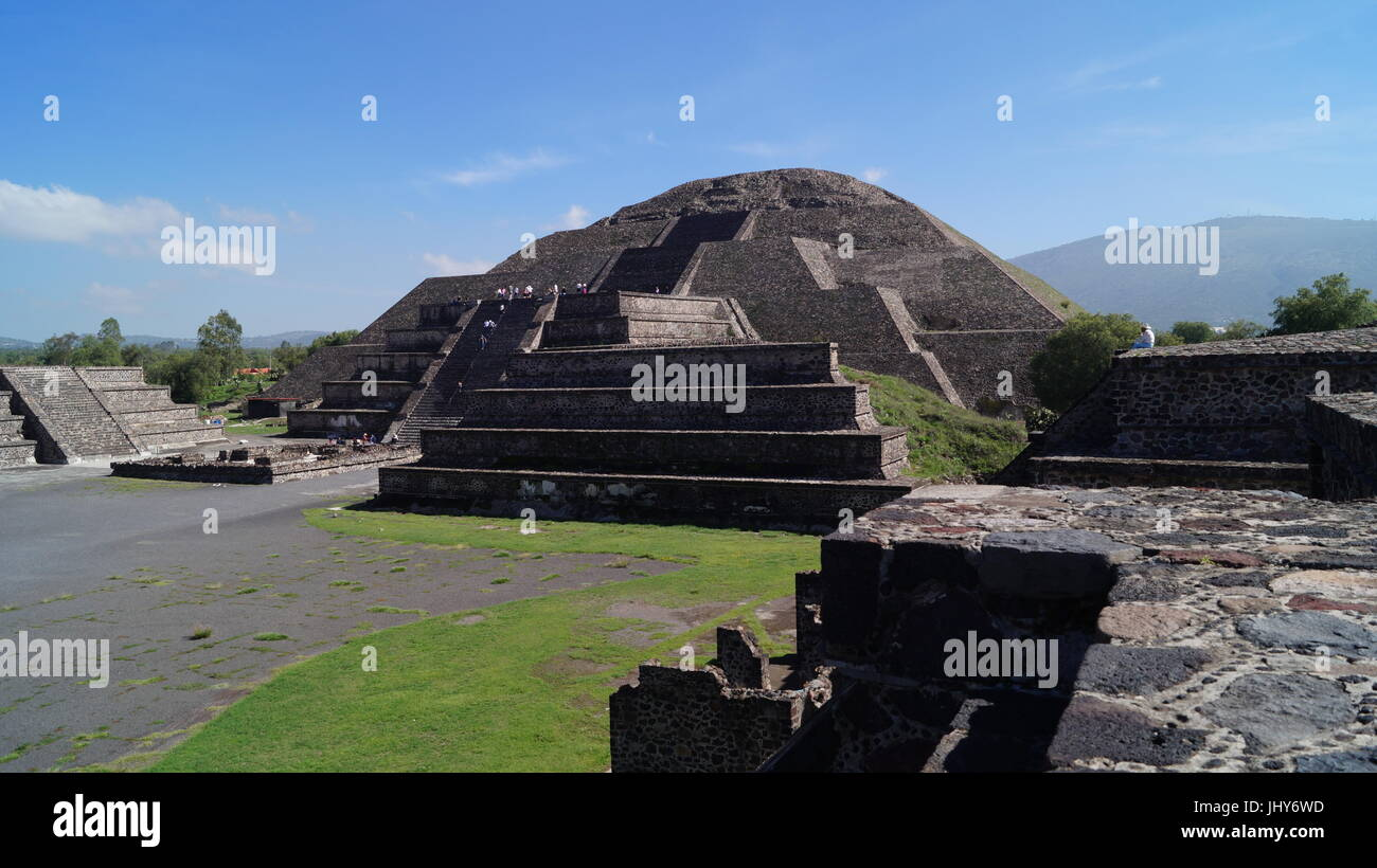 Teotihuacan city of the gods, beautiful Mexican culture and beauty architecture  that will leave you speechless Stock Photo
