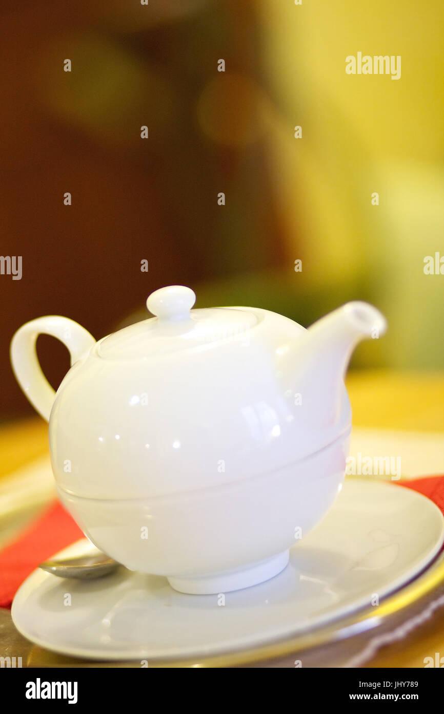 White teapot - White teapot, Weisse Teekanne - White teapot Stock Photo