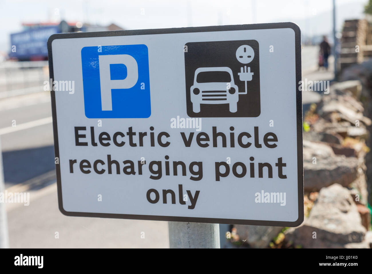 Sign for electric vehicle charging point parking - Stock Image